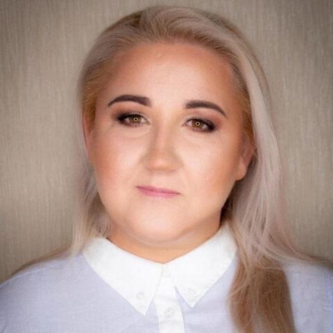 Erika Ramonaite - LASH KINGDOMPRO
